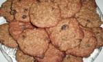 Raisin Peanut Butter Bran Cookies