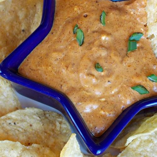 Lori's Quick and Easy No Bean Chili Dip