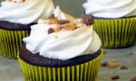 Peanut Butter Cup Chocolate Cupcakes with Toasted Peanut Butter Meringue Frosting