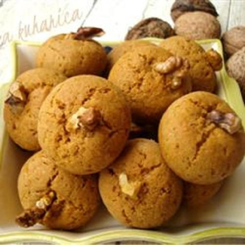 Medenjaci (Croatian Honey Spice Cookies)