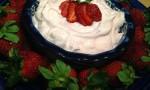 Creamy Strawberry Fruit Dip